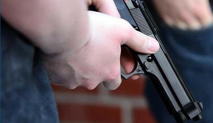 İstanbul'da iki ayrı yerde öğretmen ve öğrenciye silahlı saldırı