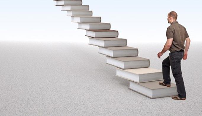 Rüyada merdiven görmek, merdiven çıkmak