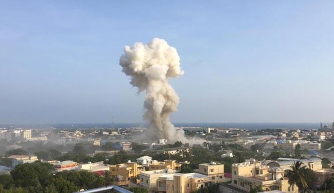 Somali'de art arda patlamalar
