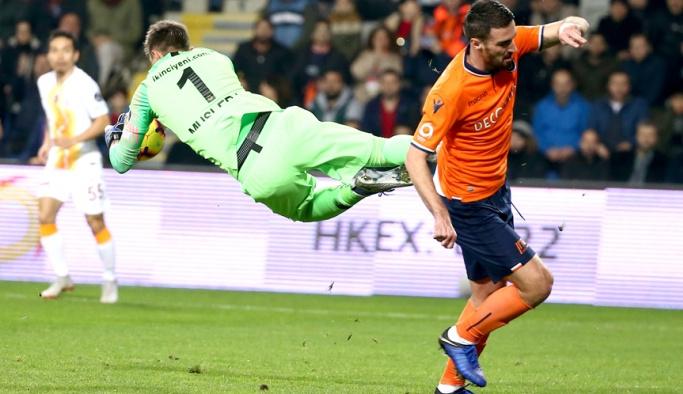 Başakşehir, Galatasaray'ı elinden kaçırdı
