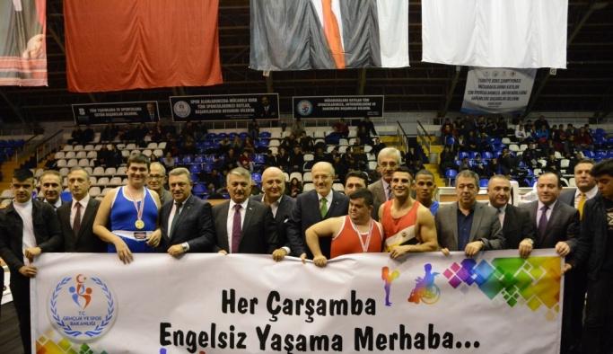 Büyük Erkekler Türkiye Ferdi Boks Şampiyonası başladı