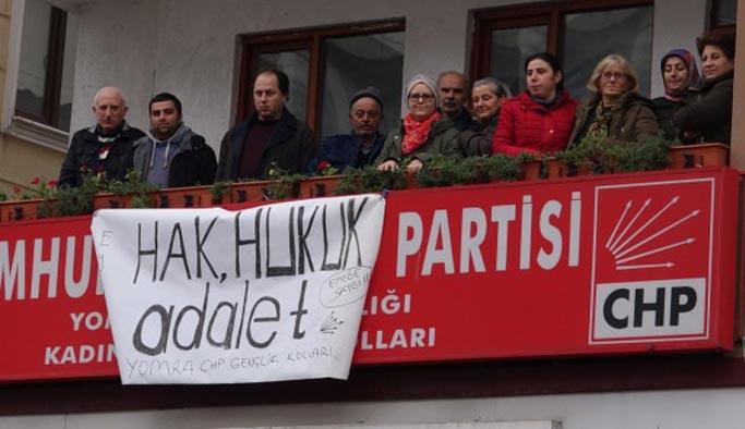 CHP'de isyan: Partililer teşkilat binasını bastı