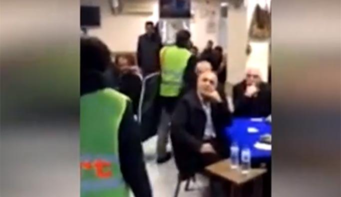 CHP'liler 'Sarı Yelek' giyip dolaşmaya başladı