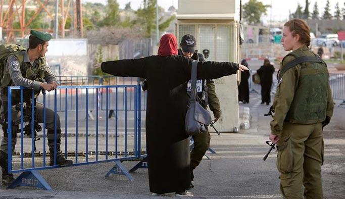 İsrail Filistin'de iki kentin girişini kapattı