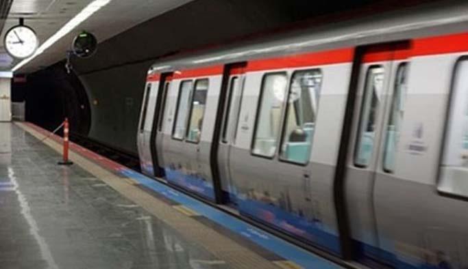 İstanbul'da Metroda İntihar