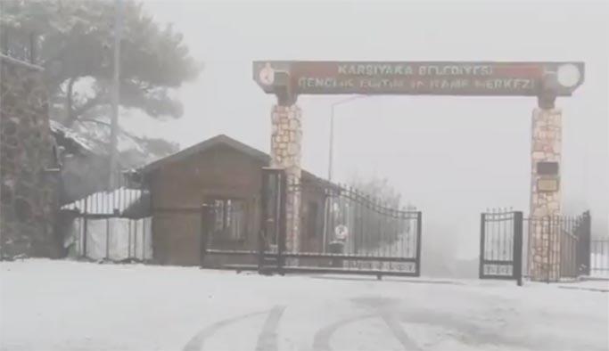İstanbul'dan sonra İzmir'de de kar sürprizi