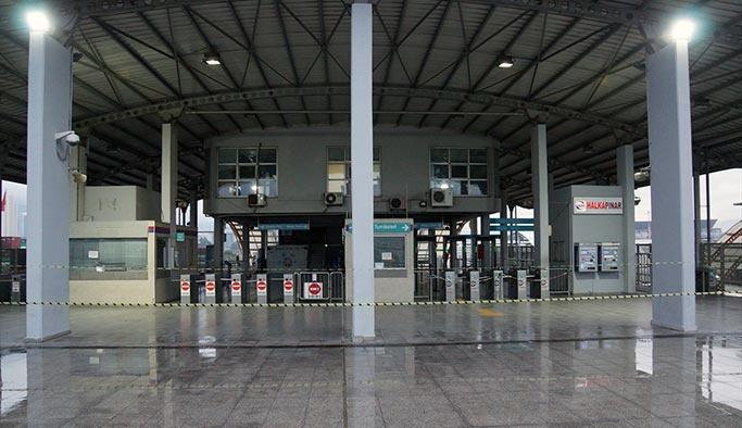 İzmir'de grev, toplu ulaşım felç oldu