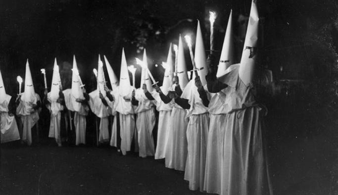 Ku Klux Klan örgütü Kıbrıs'ta yüz gösterdi