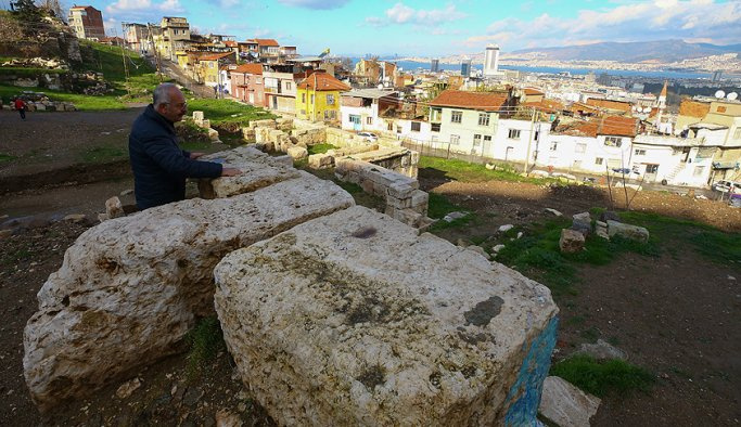 Smyrna Tiyatrosu 2400 yıl sonra yeniden gün yüzüne çıktı