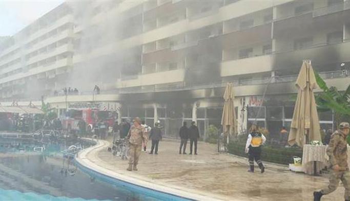 Termal otelde yangın çok sayıda kişi mahsur kaldı