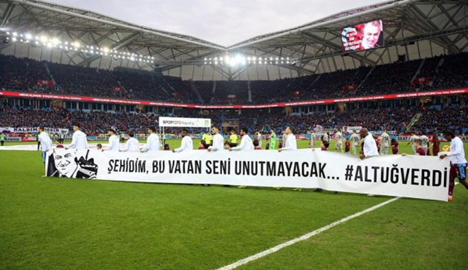 Trabzonspor-Rize maçında duygusal anlar