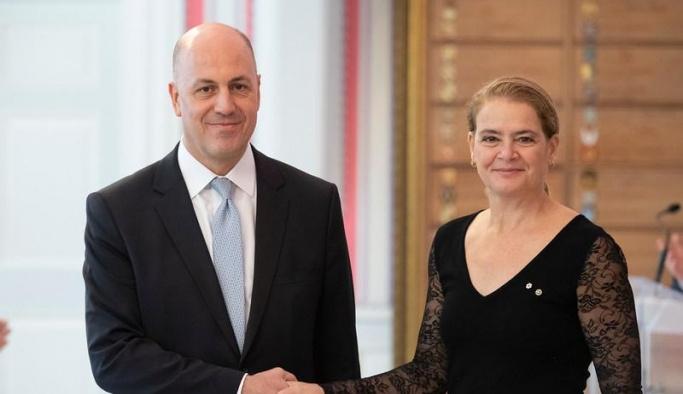 Türkiye'nin Ottawa Büyükelçisi Uras görevine resmen başladı