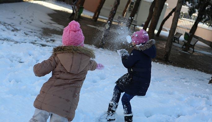 Üç ilde okullara kar tatili