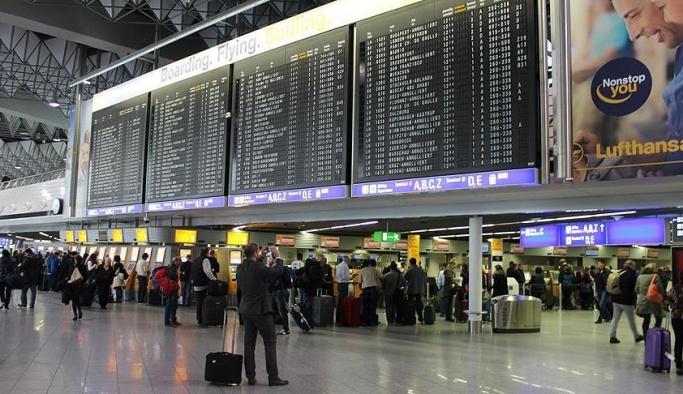 Almanya'da 8 havalimanında grev