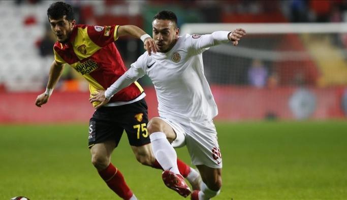 Antalyaspor-Göztepe maçında kazanan olmadı