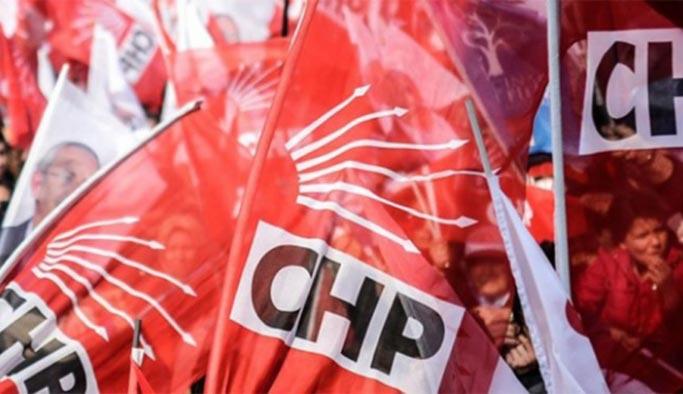 CHP'de Kuşadası krizi, hepsi görevden alındı