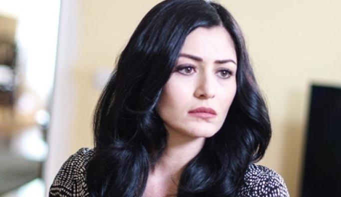 Deniz Çakır AVM'de başörtülü kadınları taciz etti
