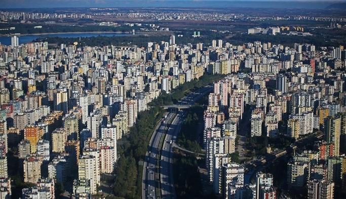 Konut satışları Anadolu'da arttı, büyük şehirlerde düştü