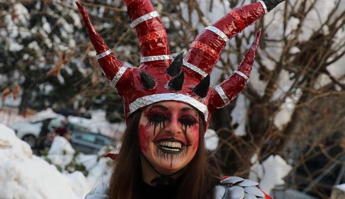 Makedonların 'korkunç karnavalı'