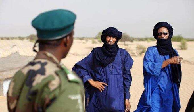 Tuareglere saldırı, onlarca ölü var