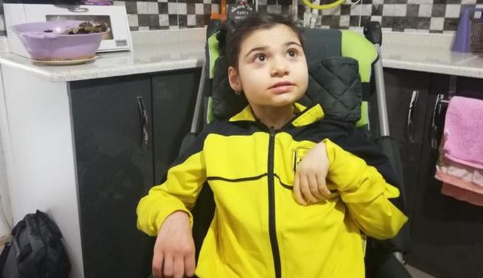 40 günlükken misafirin öptüğü Ecrin engelli kaldı