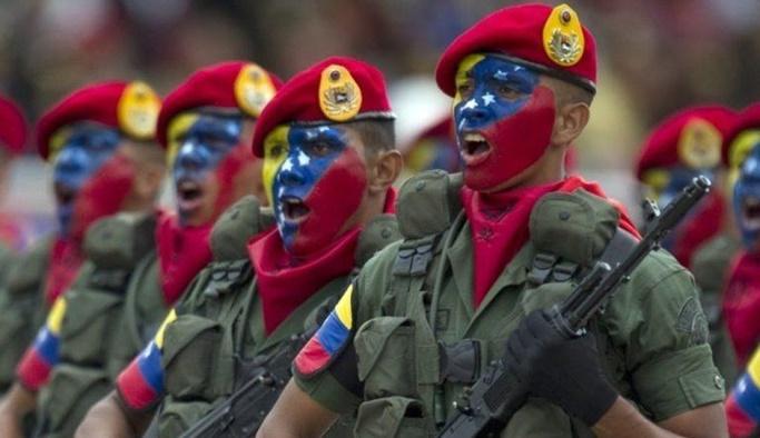 ABD'den Venezuela ordusuna rüşvet gibi teklif