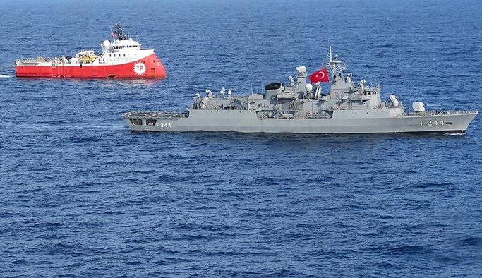 Barbaros Sismik Araştırma Gemisi ve Refakat Eden Donanma Unsurları ile ilgili görsel sonucu