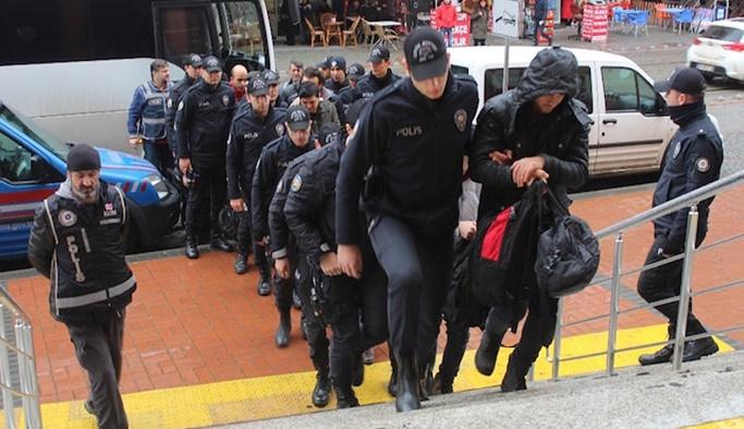 Bin 112 kişi hakkında FETÖ gözaltısı