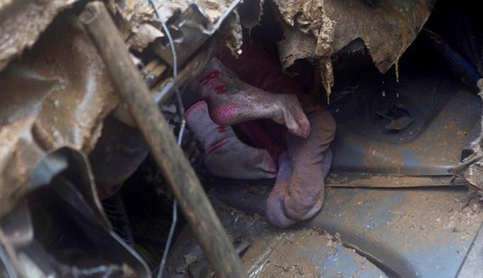 Bolivya'da otoyolda toprak kayması: 8 ölü
