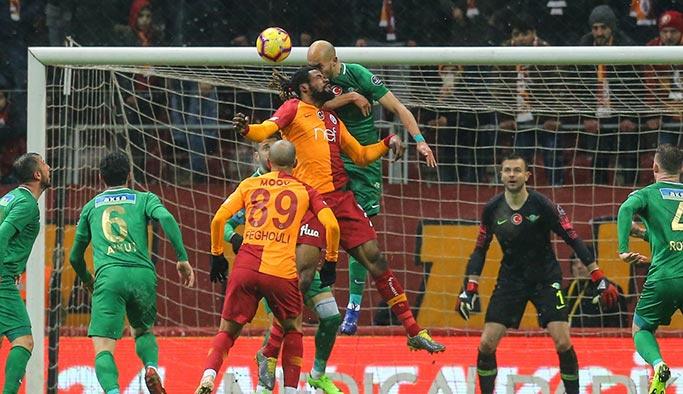 Galatasaray, Akhisar karşısında zorlandı
