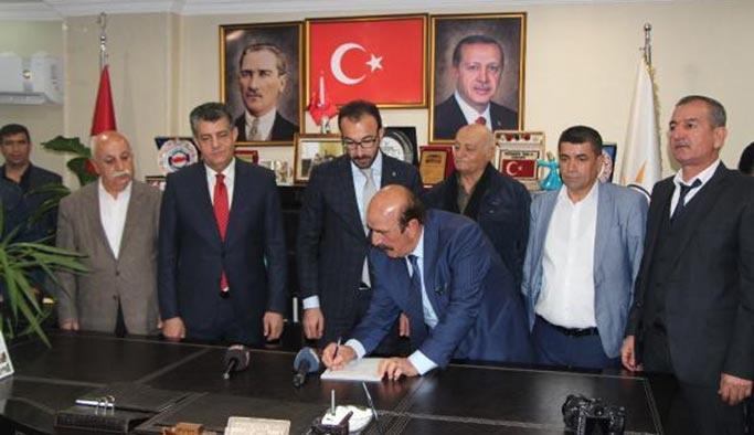 İyi Parti'den toplu istifa, il başkanı dahil hepsi AK Parti'ye geçti