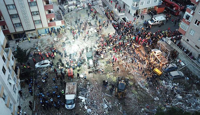 Kartal'da çöken binanın iki mühendisi tutuklandı