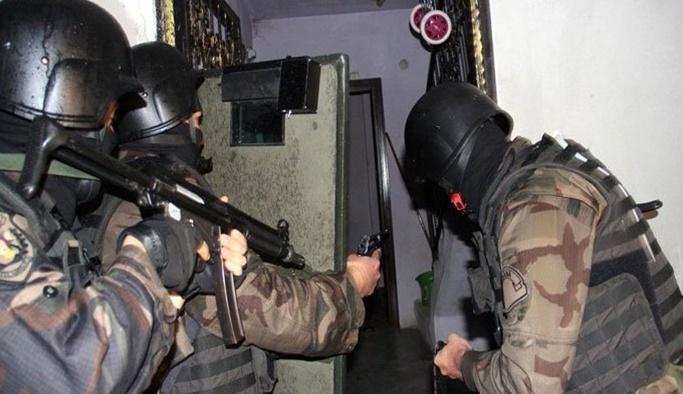 Kırmızı bültenle aranan 2 terörist kıskıvrak yakalandı!
