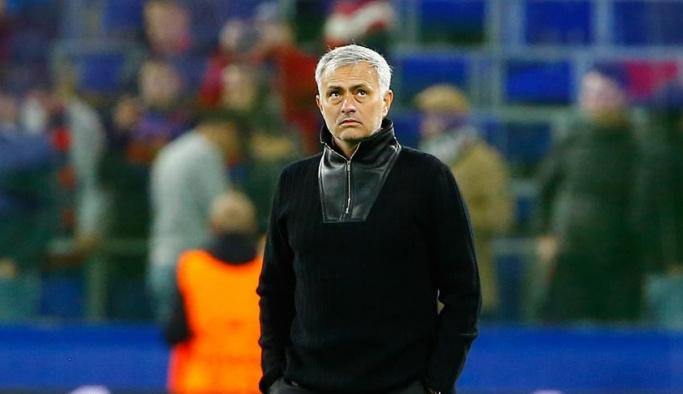 Mourinho ve yardımcılarına 19,6 milyon sterlin tazminat