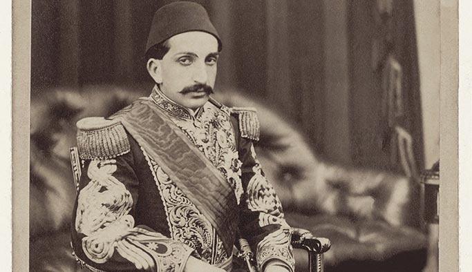 Sultan Abdülhamid'in şehzadelik dönemine ait meşhur fotoğraf nerede çekilmiştir