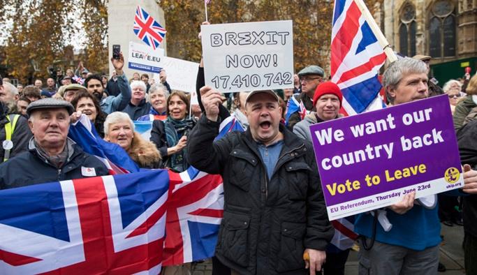 İngiltere'de Brexit yeni parti doğurdu