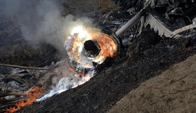 Hindistan savaş uçağı Pakistan sınırında düştü