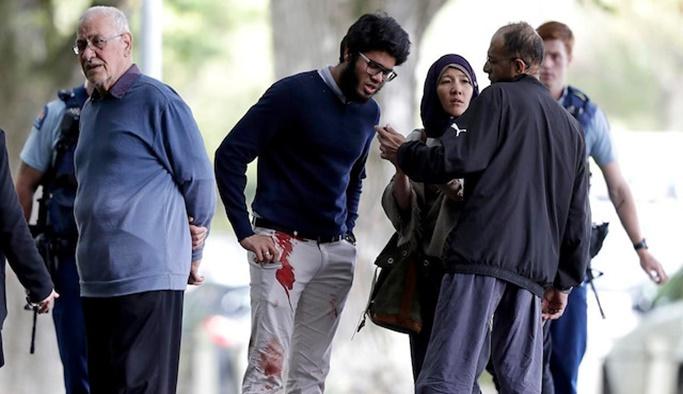 Teröristin karşısına silahsız çıktı, hayat kurtardı