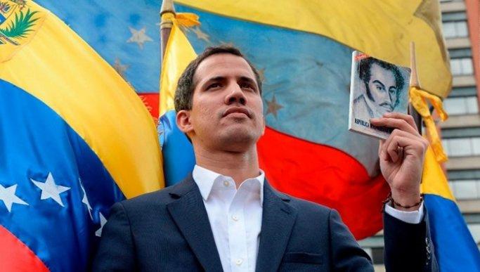 Venezuela'da muhalefet, elektrik kesintisi için sokağa iniyor