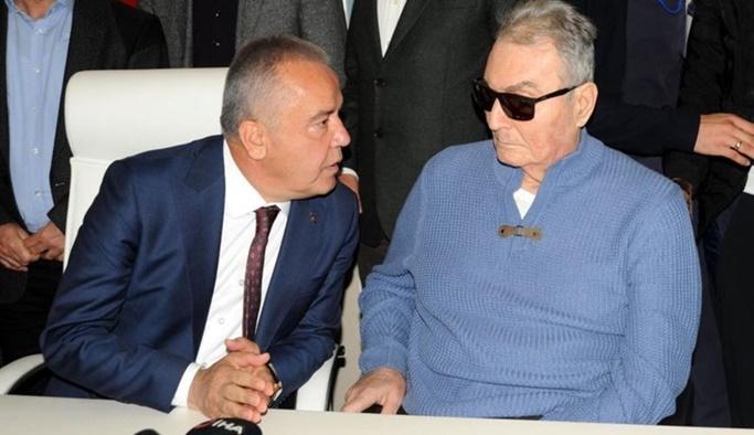 Baykal'dan Antalya Büyükşehir Belediyesi'ne ziyaret