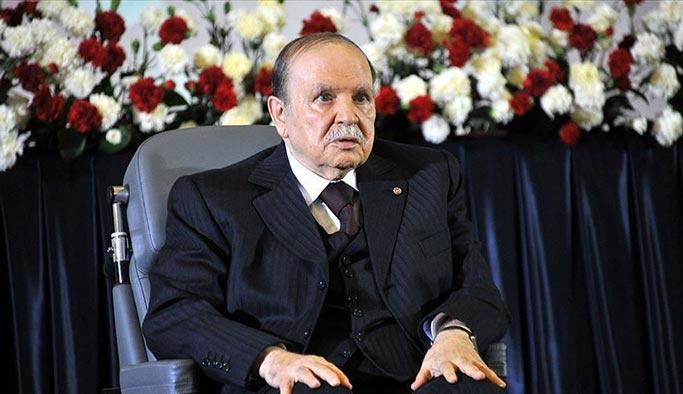 Cezayir Devlet Ajansı: Buteflika istifa etti
