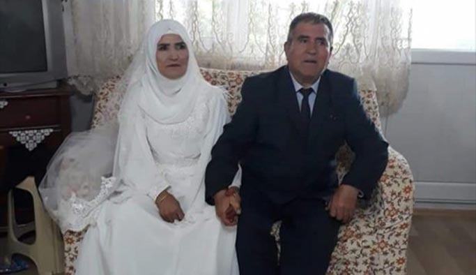 Evliliklerinin 50'nci yılında düğün yaptılar