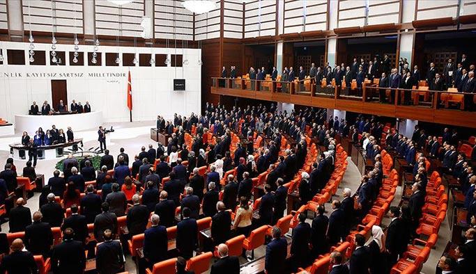 HDP eş başkanı kürsüye çıkınca Erdoğan Meclis'i terk etti