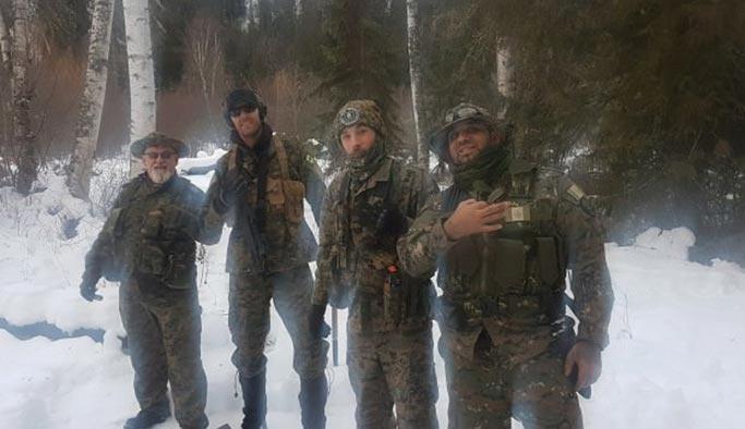 İslam düşmanları silahlanıp örgüt kurdu