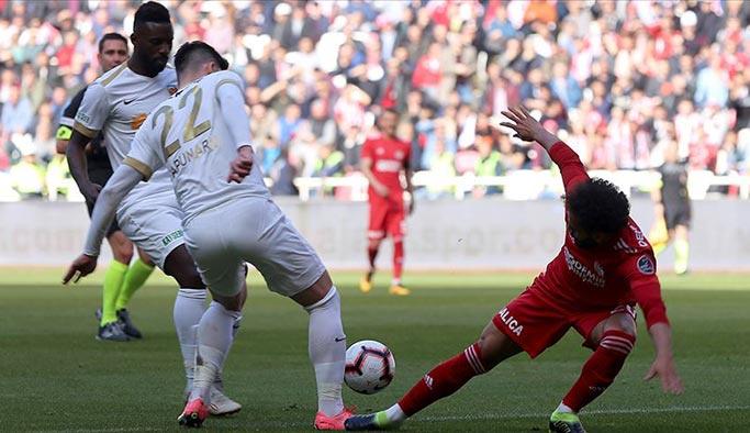 Kayserispor, Sivas'tan 3 puanla döndü