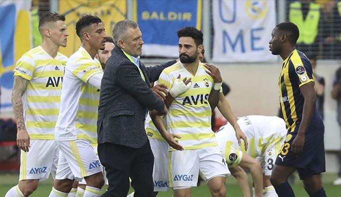 Mehmet Ekici'ye 3 maç ceza
