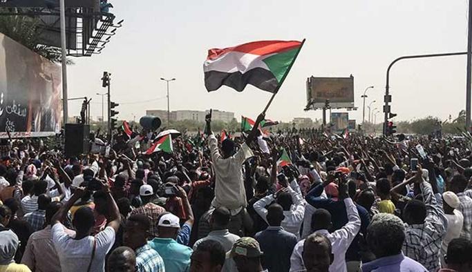 Sudan'da muhalefetten eylemlerin bitmesi için 7 talep