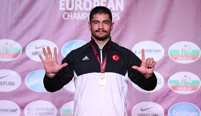 Taha Akgül Avrupa Güreş Şampiyonu