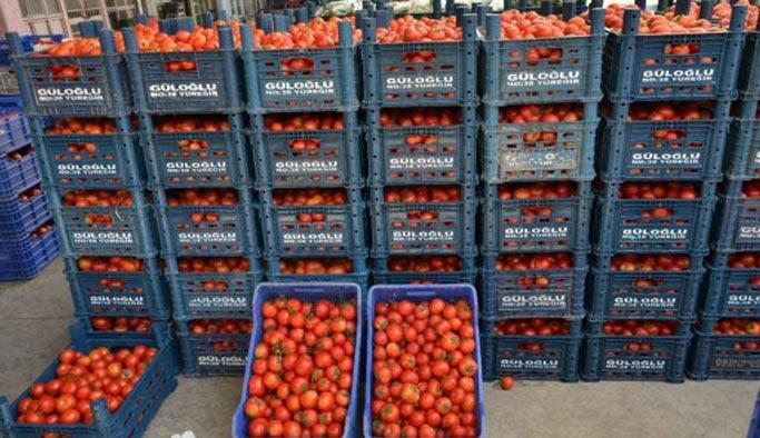 Adana halinde domates 1 liraya düştü