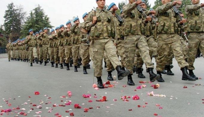 Askerlik Yasası aceleye mi getiriliyor, 'milli güvenlik zaafiyeti' söz konusu